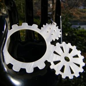Gears in Pearl